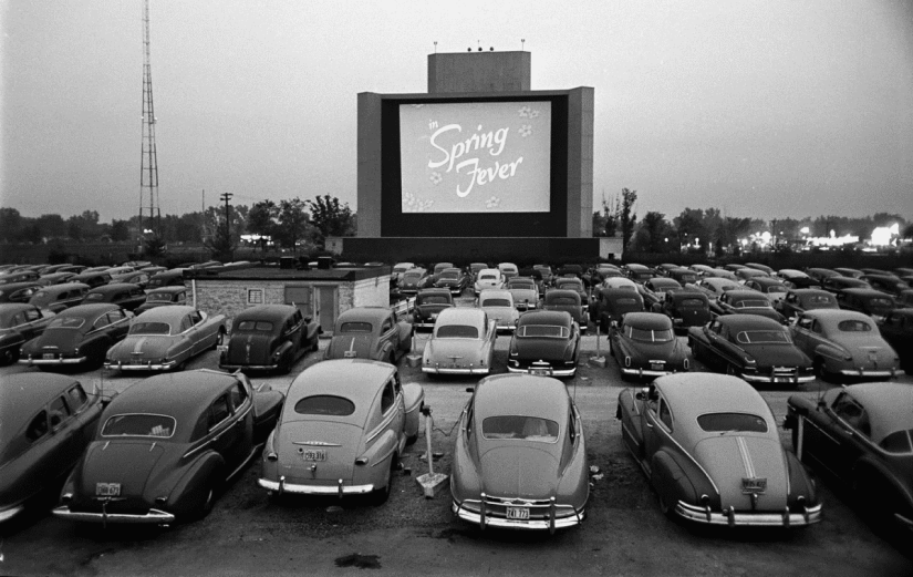 vintage-drive-in-theatre